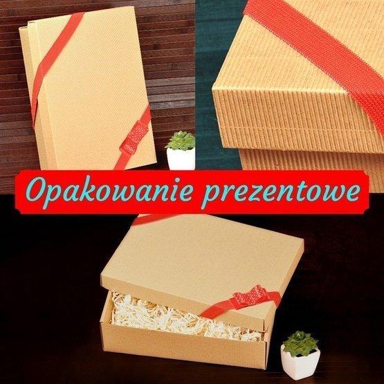 Drewniane pudełko z krówkami z Twoim tekstem
