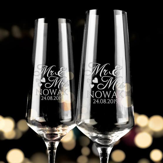 Kieliszki do szampana z okazji ślubu - Mr & Mrs