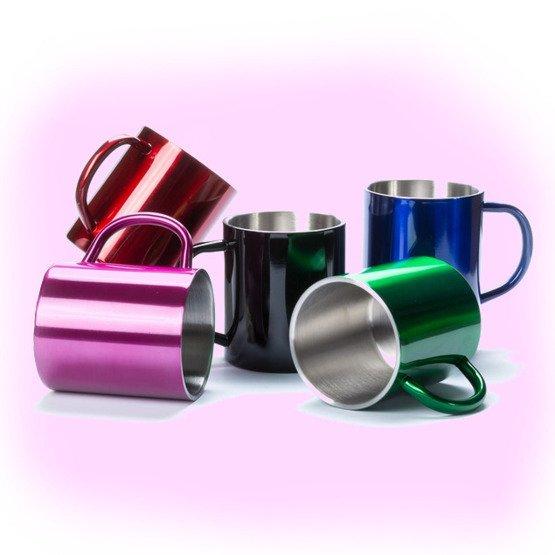 Kubek metalowy - przed i po kawie