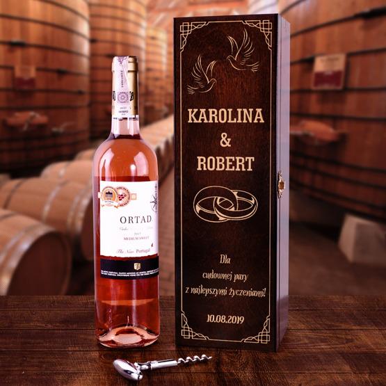 Pudełko na wino - prezent ślubny - obrączki
