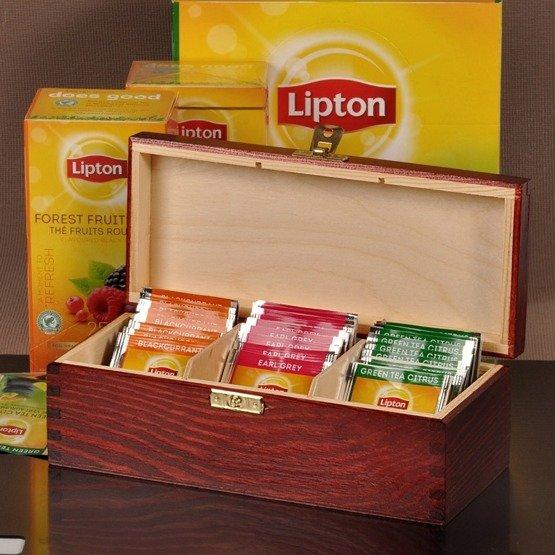 Pudełko z herbatą- inicjały + data